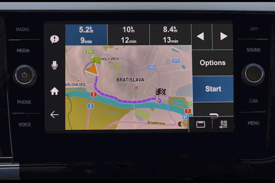 Autoradio avec navigation GPS